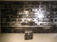 the wall! (spanier) Tags: wall hamburg style player collection 80s hiphop boombox cassette technique ghettoblaster radiohier