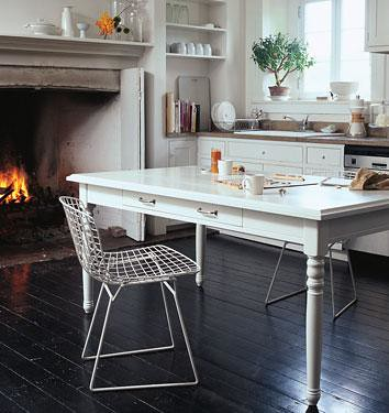 http--www.dominomag.com-images-galleries-perfectpairs-gasl_kitchen_tables_chairs_01.jpg by annesage82.
