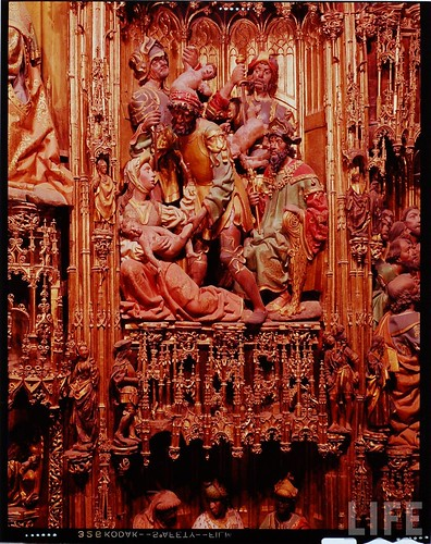 Detalle del altar mayor de la Catedral de Toledo en 1963. Fotografía de Dmitri Kessel. Revista Life (13)
