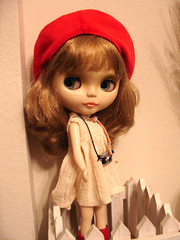 gwens red beret6