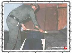 الأيهام بكسر العنق (ahmad rayan) Tags: prison torture prisoner ال سجون اسير فلسطيني اسرائيلي جندي جنود تعذيب سجن صهيوني قمع صهيونية تحقيق أسير اسرى أسر فلسطينيون أسرى تنكيل اختطاف اسرائيلية معتقلات