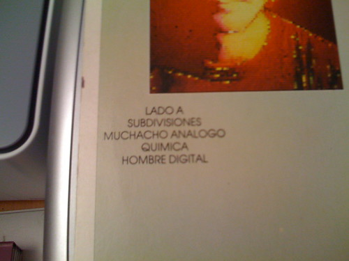 Side A tracklisting of Signals in Spanish