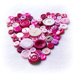 The Hole In My Heart (*Evelina*) Tags: charity pink big heart buttons small holes moonwalk breastcancer hpad wwwbmycharitycomevelina hpad010509