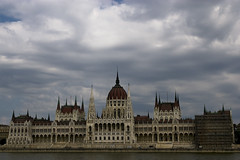 Parliament, Budapest (jpest) (Andr&@) Tags: pentax budapest parliament tamron parlamento 70300 danubio ujpest k100d