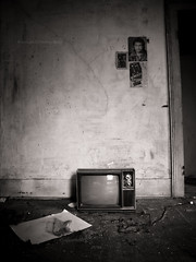 Idiot Box (evanleavitt) Tags: county bw white house black abandoned home by rural ga project georgia jack evans tv darkness good decay no bare empty inspired atmosphere olympus athens dirty reception walker blank bones and nothing hasselhoff clarke hof delano fsa on the e510 nonhdr