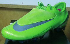 Custom Nike Mercurial Vapor Citron Metallic Silver (authenticsoccer) Tags: ronaldo cristianoronaldo customshoes soccershoes nikesoccer soccercleats nikevapor