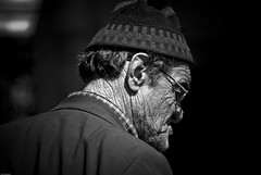 Der Mann (OnrPhotography©) Tags: portrait bw man adam türkiye istanbul sb portre insan yaşlı ihtiyar youvsthebest thepinnaclehof