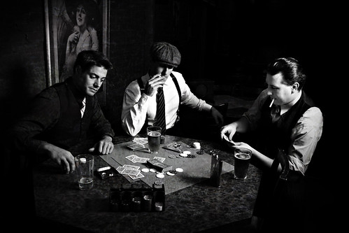 Gangster Poker - 1930s Gangster Shoot (Explored)