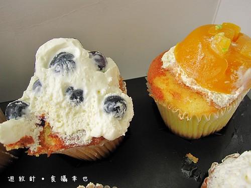 克勞蒂杯子蛋糕東倒西歪版