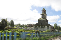 The Church, the garden and the cementary (Cupernickel) Tags: chile 2008 chilo iglesiadenercn