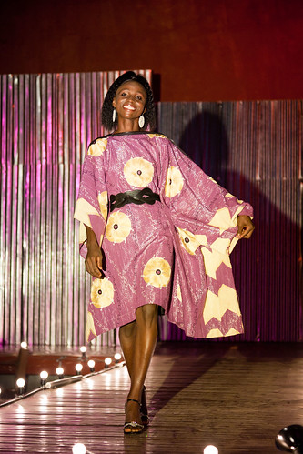 Amani.Liberia(w.Korto Momolu)Yekapa.show(photos.by.Heidi.Sheppard)_123