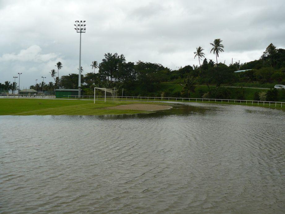 Depression tropicale fevrier 2009 Poindimie #5 : Inondation du stade de Tieti