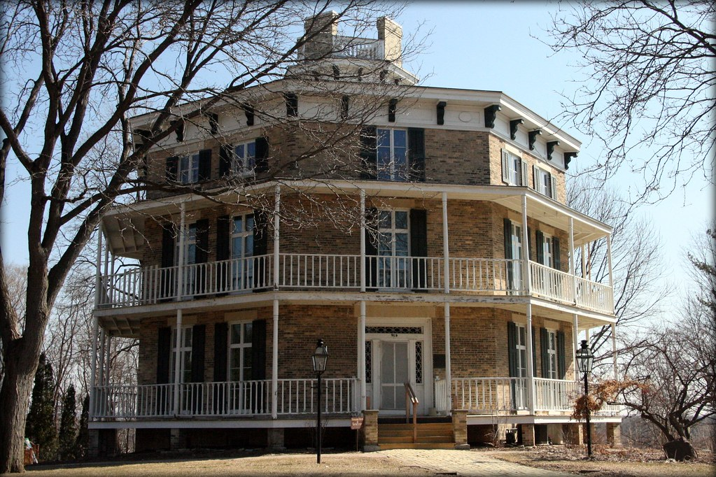 Octagon House Wisconsin