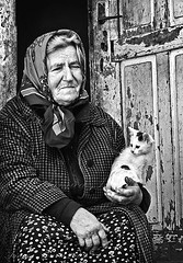 Velika and her cat (Tanjica Perovic) Tags: portrait blackandwhite bw cat photography kitten fotograf photographer serbia explore oldwoman srbija фотограф srpski sigma1770mm fotografija српски thelittledoglaughed фотографија hourofthesoul thecatwhoturnedonandoff тањицаперовић tanjicaperovicphotography