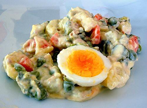 Stolichny salat: L'insalata russa
