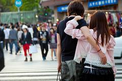 Waiting for the light (*davidz) Tags: street pink love boyfriend fashion japan asian japanese tokyo girlfriend couple lace goth teenagers romance harajuku hip crosswalk crowds omotesando tokyometro japanesefashion shibuyaward