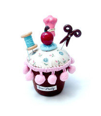 Sew Pretty - Set of Cupcake Pin Cushion And 3X Sewing Pins Topper (yifatiii) Tags: mannequin cherry pin sweet sew felt pins scissors polymerclay fimo fabric cotton cupcake icing sculpey accessories pincushion etsy needlecraft varnish premo spoolofthread acrilan liquidpolymerclay sewingpin sewingpinstopper