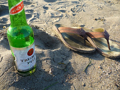 Works for me (: Nils) Tags: beach sandals pilsner dillonbeach trumer trumerpils olukai