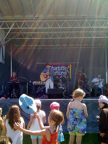 Charlotte Diamond on stage in Moody Park
