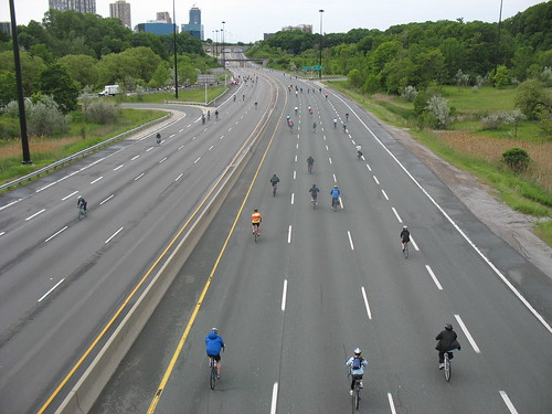 Toronto Ride For Heart bike-a-thon on the DVP 6