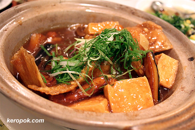 Fish in Claypot