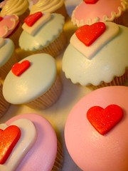 Cupcake love* (SWEET SUGAR By Michelle Lanza) Tags: muffins cupcakes sweetsugar michellelanza