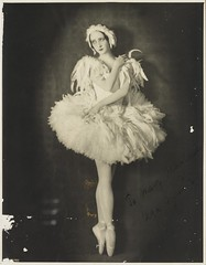 Olga Spessiva in Swan Lake costume, 1934 / photographer Sydney Fox Studio, 3rd Floor, 88 King St, Sydney (State Library of New South Wales collection) Tags: old light ballet woman lake art vintage pose point shoe star dance costume thirties 1930s swan ballerina ribbons shoes toes fulllength sydney feathers dancer health autograph pointe swanlake olga prima etoile 1934 tutu mental balet ballerinas balett balerina baletki primaballerinas olgaspessiva baletka baletky spessivtzeva spessiva spessitzeva olgaspessivtzeva balletacrossthecommons valerielawson sydneyfoxstudio