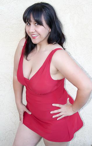 Yvonne LE