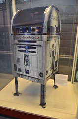 Steven F. Udvar-Hazy Center: Space exhibit, Star Wars R2-D2 themed US Post Office mailbox (Chris Devers) Tags: mailbox virginia smithsonian starwars dulles unitedstates postoffice va r2d2 usps fairfax nationalairandspacemuseum dullesairport chantilly airandspacemuseum uspostoffice udvarhazy smithsonianinstitution stevenfudvarhazycenter stevenfudvarhazy eyefi exif:exposure_bias=0ev exif:iso_speed=800 exif:exposure=002sec150 exif:focal_length=18mm exif:aperture=f35 camera:make=nikoncorporation exif:flash=offdidnotfire camera:model=nikond7000 flickrstats:favorites=1 exif:orientation=horizontalnormal exif:vari_program=autoflashoff exif:lens=18200mmf3556 exif:filename=dsc9885jpg exif:shutter_count=11396 meta:exif=1350345838