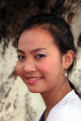 Pretty Young Woman of Laos (Alan1954) Tags: portrait woman sexy face female asia gorgeous lovely laos soe vientiane 5photosaday shieldofexcellence concordians earthasia