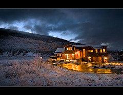 Mountain House (Rob Overcash Photography) Tags: sky house cold fall night canon lights cabin colorado nocturnal lodge rockymountains bluehour firstsnow breckenridge 30d robotography robovercashphotography lpcold2