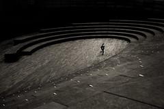 Libert difficili - (Hard freedoms) ([ piXo ]) Tags: london child run londra corsa bambino explore354 bnarchitettura bncitt