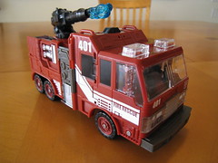 Inferno - Firetruck mode (Floating Cat) Tags: transformers classics universe autobots
