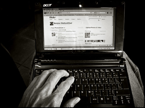 Acer Aspire One (by StarbuckGuy)
