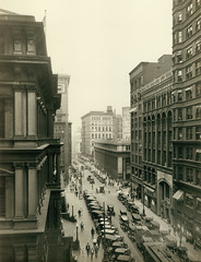 Eighth Street near Locust, 1920s (Missouri History Museum) Tags: street city 1920s urban cars architecture buildings flow downtown traffic district stlouis streetscene lofts congestion eighthstreet bustling missourihistorymuseum worldcitycenters mhm:id=n35125