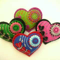 HEART FELT BROOCHES FOR MOTHERS DAY! (APPLIQUE-designedbyjane) Tags: heart embroidery brooch silk felt cotton freeform