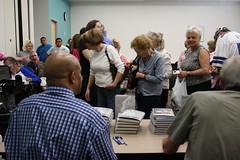 Drew Pearson at the North Branch -  2/09 (Denton Public Library) Tags: cowboys frank dallas author signing northbranch drewpearson luksa dentonpubliclibrary