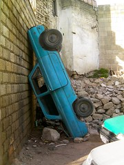 Parking, Baku style (tm-tm) Tags: car parking baku azerbaijan caucasus bak azrbaycan thechallengefactory