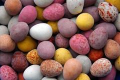 Mini Eggs (**beckstar**) Tags: colour macro easter d70 chocolate eggs sweets cadburys eastereggs minieggs platinumheartaward