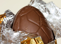 choc egg 1824 R