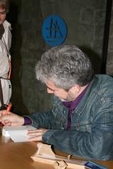 Màrius Serra signant Mon oncle