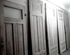 Thedoorsopen