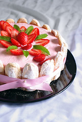 Strawberry Charlotte (Mr Azrakino) Tags: pink red green kitchen cake dessert 50mm yummy strawberry photoshoot pentax charlotte delicious km fraise youssef  azrak k2000 fa50  justpentax
