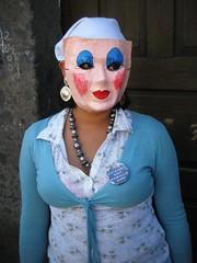 dia de los locos/ blue eyeshadow (msdonnalee) Tags: costumes festival mexico parade masks carnaval mexique mexiko mexicanfestival diadeloslocos dayofthecrazies photosfromsanmigueldeallende junefestivalsinmexico