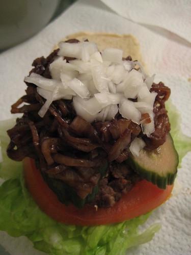 Hamburger with Lettuce/Tomato/Pickle/Caramelized Onion/Onion