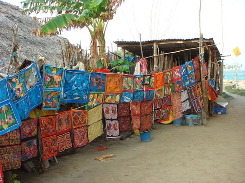 Handycraft in village Wichubwala - San Blas Islands - Panama.