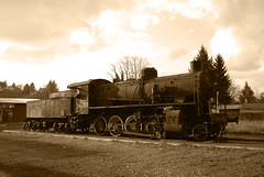 Locomotiva (Lella_Laitas) Tags: old seppia locomotiva zagarolo