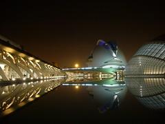 P1020299 (Joe Red) Tags: city las valencia reflections de y arts ciudad science artes reflejos ciencias