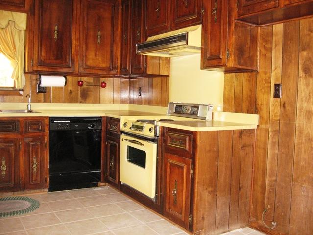 kitchenbefore2