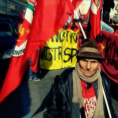 May 1 - International Workers' Day (May Day) (Osvaldo_Zoom) Tags: red worker mayday redflag may1 internationalworkersday primomaggio